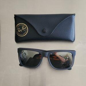 Genuine Ray-Ban Justin Sunglasses w/ Mirrored Lens